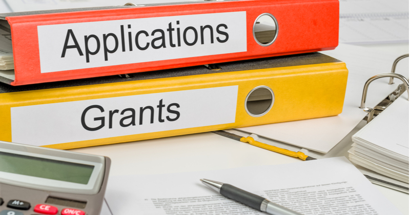 Applying for SBA grants for qualifying clients is a great way for accountants and bookkeepers to begin offering advisory services